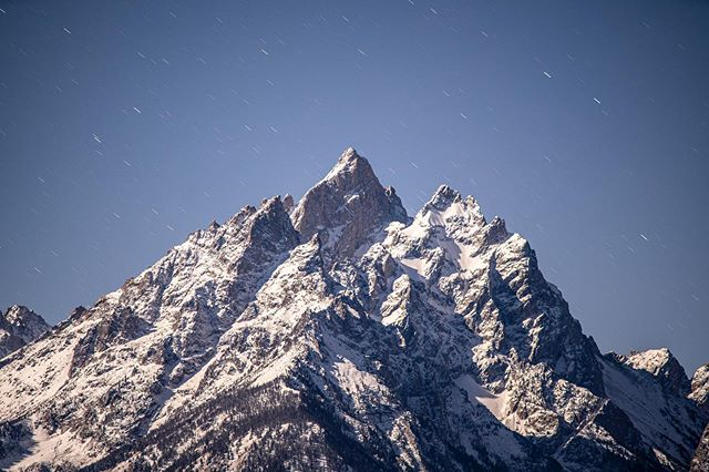 Frame from a time lapse captures a few days ago @grandtetonnps #applebackground ?