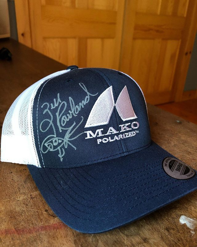 🔥New giveaway🔥 We are giving away 2 Mako Polarized signature hats signed by FLW Pro and 🐐 @officialzellrowland  To enter, make sure: 1. You're following @makopolarized  2. You liked this post 3. You tag 3 friends 4. The 2 winners will be chosen on Friday