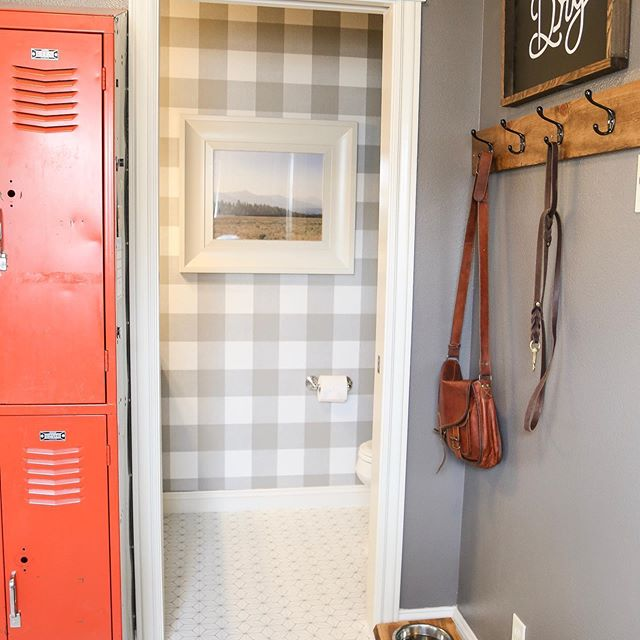 This little bathroom was my first time using peel and stick wallpaper and I fell in love with it!  I was just on the Home Depot site and holy smokes they have so many good options.  Home Depot, Amazon & Target all have some sweet choices.  What would you wallpaper?? . . . #peelandstickwallpaper #diyeverything #homeprojects #bathroomrefresh #mudroom #sawtoothmountains #paintednonsense #peelandsticktiles #modernfarmhouse #myhomestyle