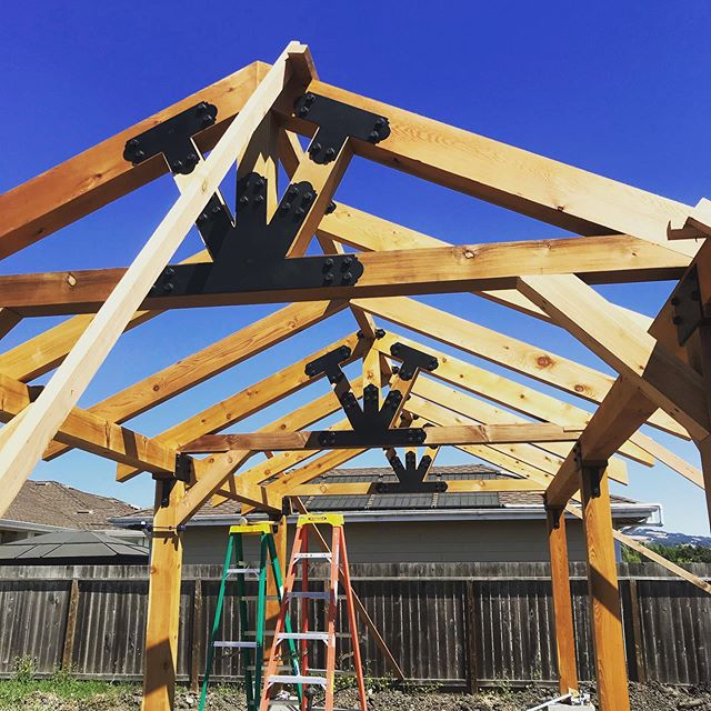 A few progress photos of the backyard pavilion that we are building. Simpson architectural series fasteners and some nice cedar timber finished with Cabbots Australian Timber Oil.  #pavilions #sonomacountycontractor #timberframe