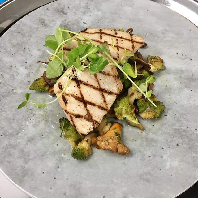 Griled mahi mahi, romanesco broccoli, chanterelles and lemon oil. . . . #thehillcloster #chef #special #benpollinger #seafood #fish #healthyfood #bright #vibrant #tasty #mushrooms