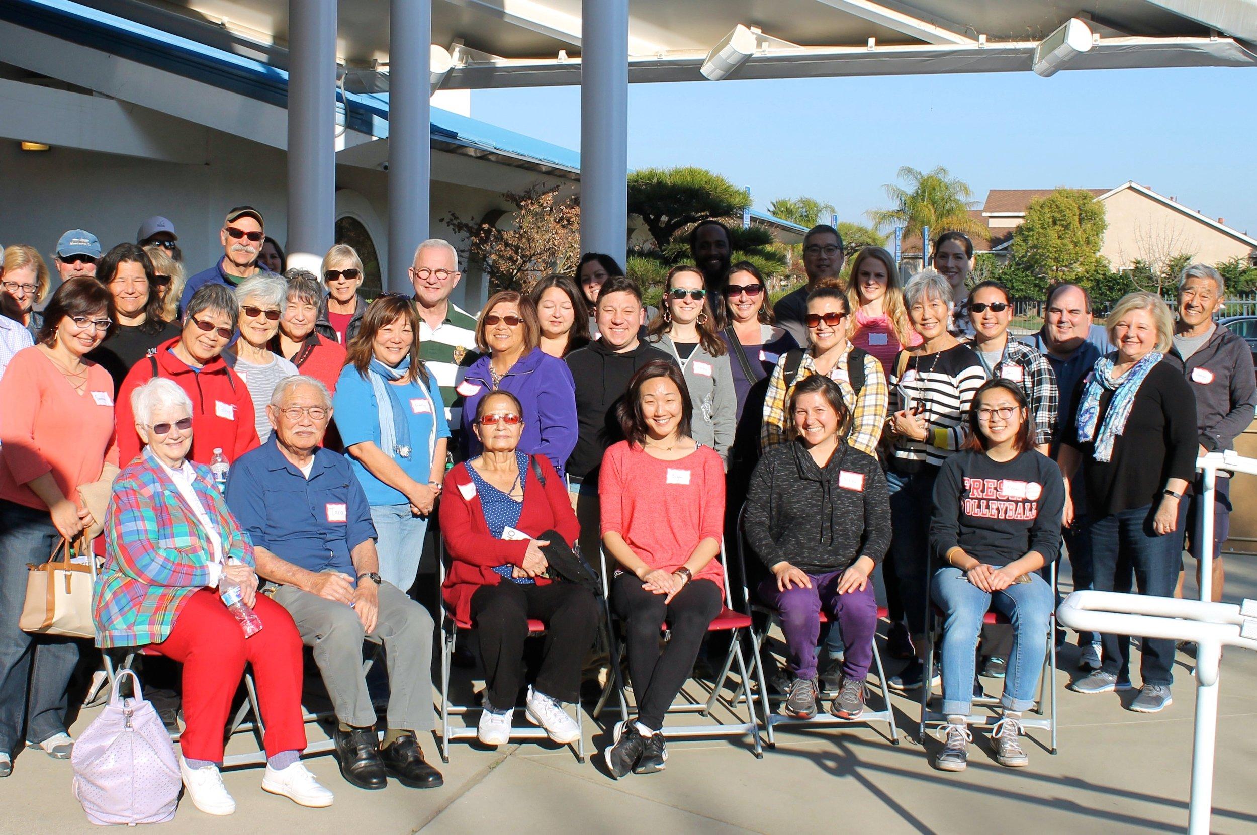 YMP bus tour_group shot.jpg