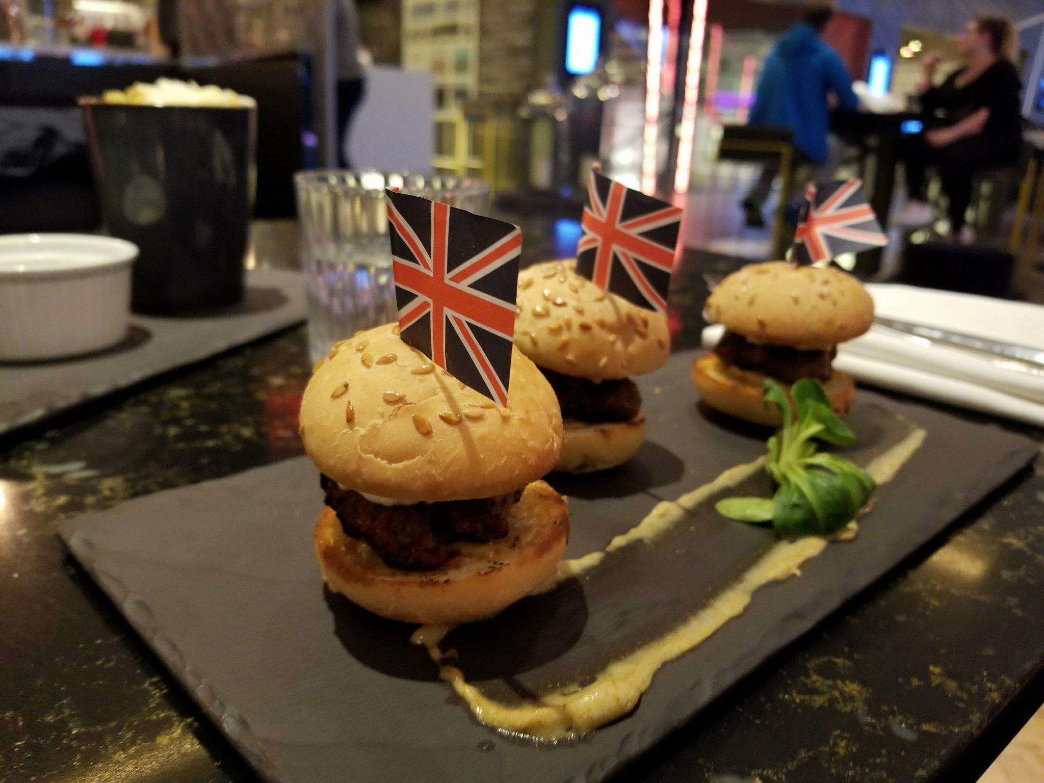 Welcome Burgers @ The Pullman