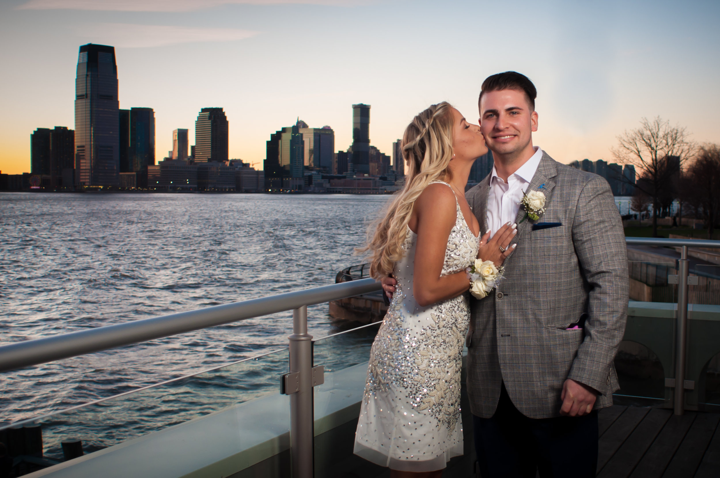 CarrieWestonStudios_Northport_Engagement_Wedding_Portraits_NY_Photography_Photographer-.jpg