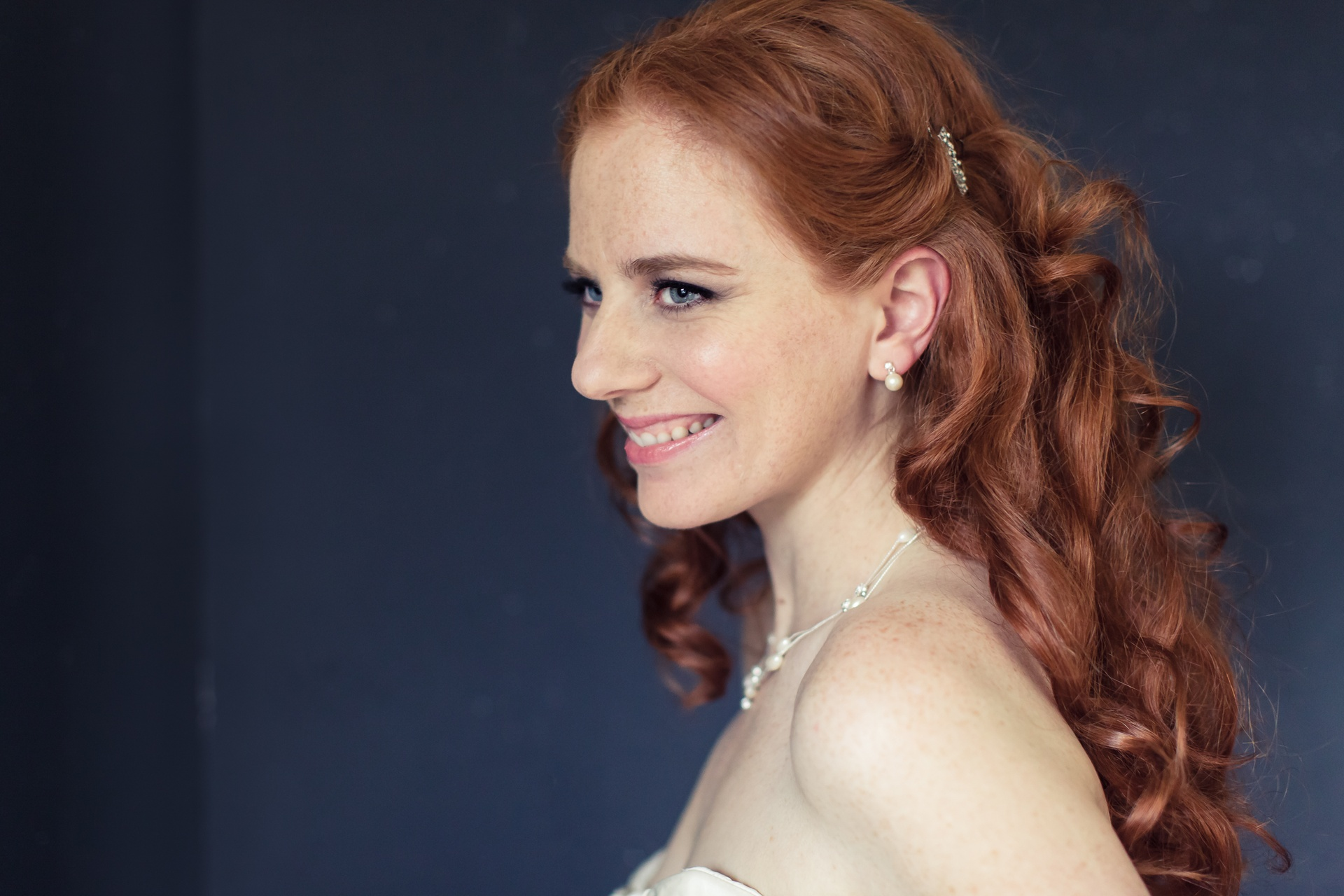 ALL INCLUSIVEBRIDAL PACKAGEMakeup and hair$500 - with trial