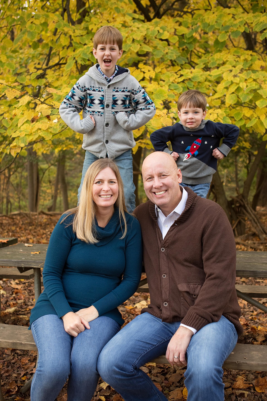 Wise-Loh Family-4.jpg