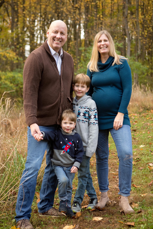 Wise-Loh Family-19.jpg