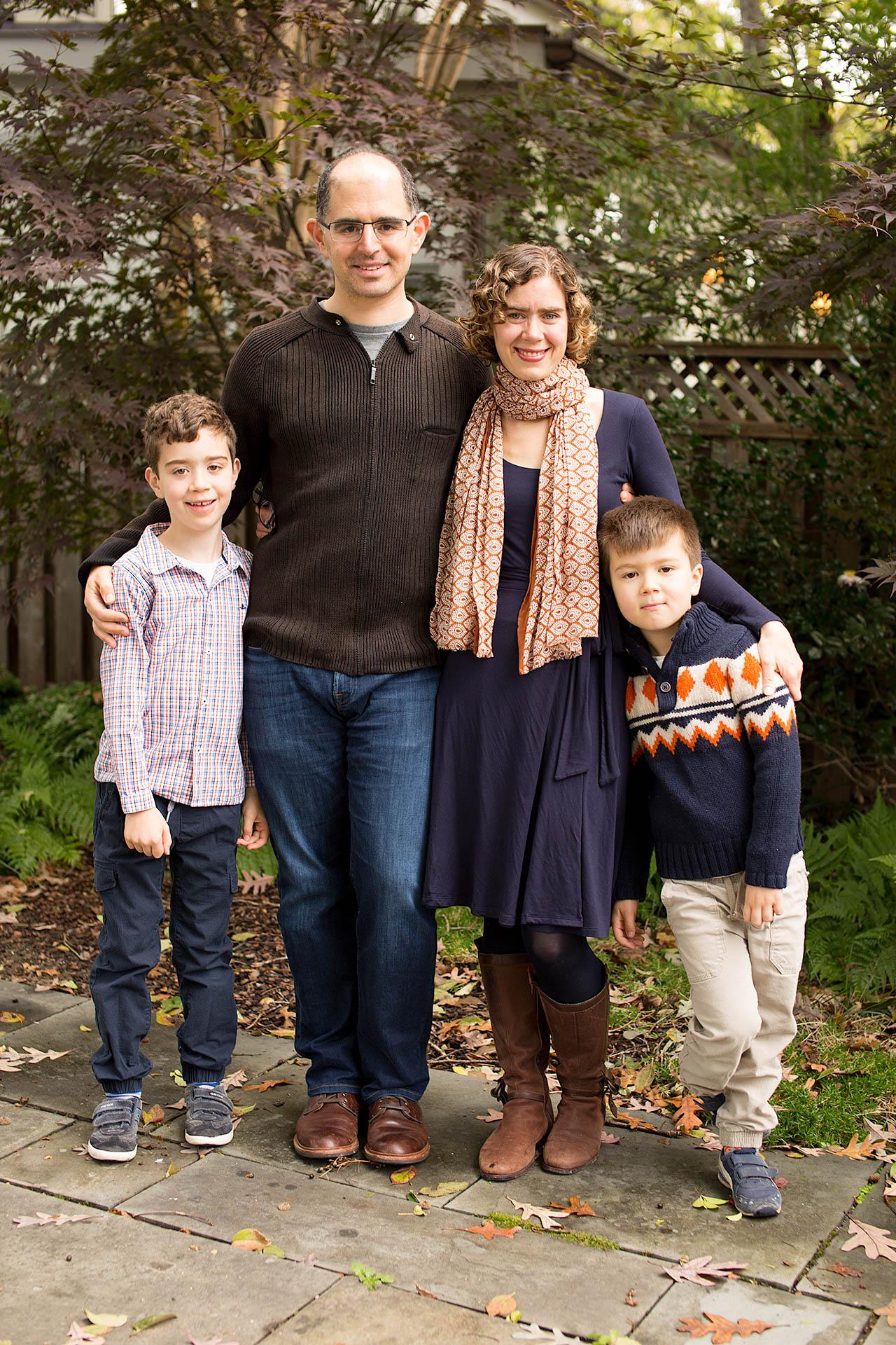 The Levine Dodson Family 2018-6.jpg