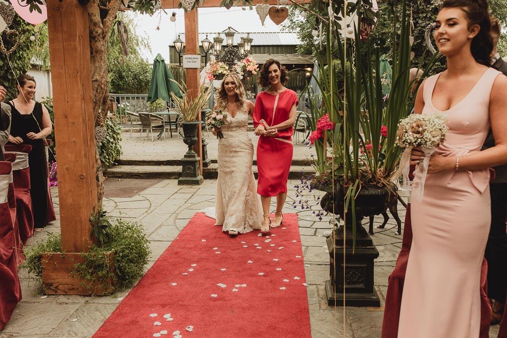 cloonacauneen castle wedding-32.jpg