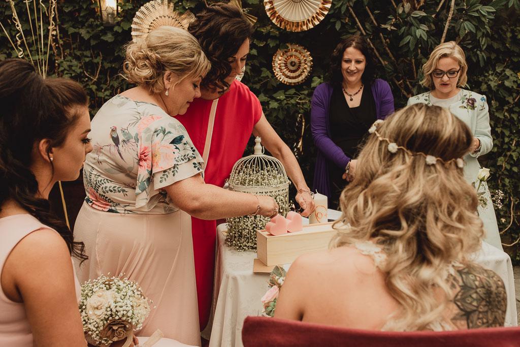 shabby chic wedding ideas-3.jpg