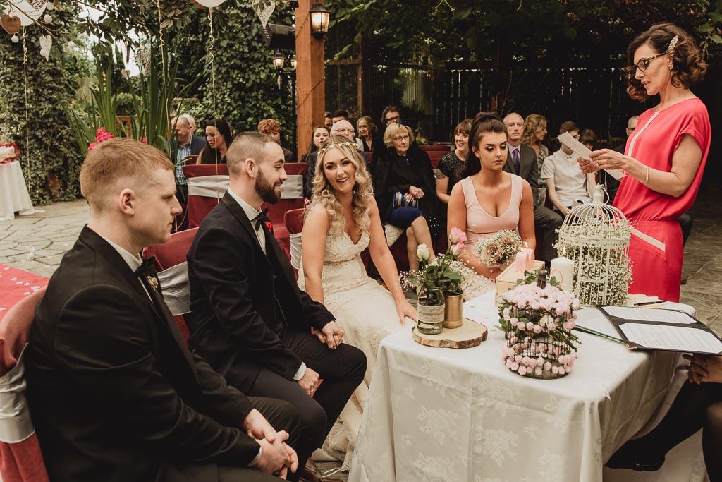 shabby chic wedding ideas-4.jpg