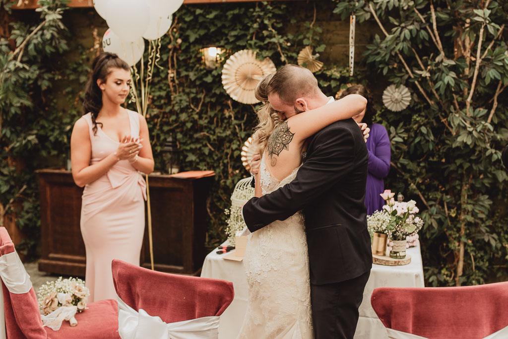 shabby chic wedding ideas-10.jpg