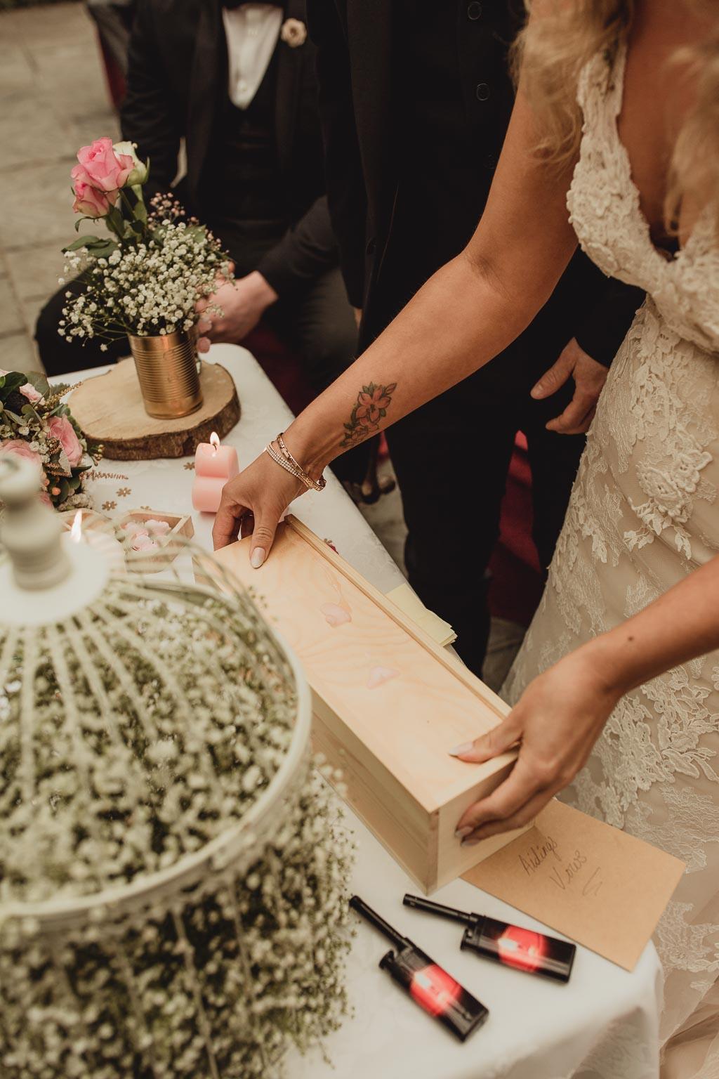 shabby chic wedding ideas-11.jpg