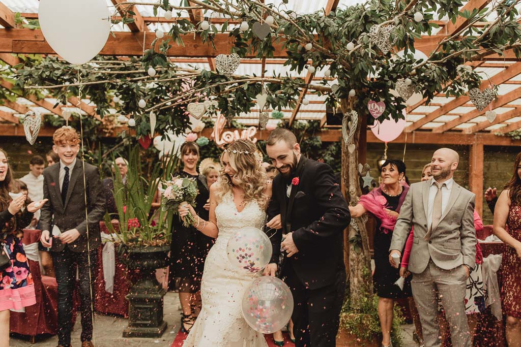 shabby chic wedding ideas-16.jpg