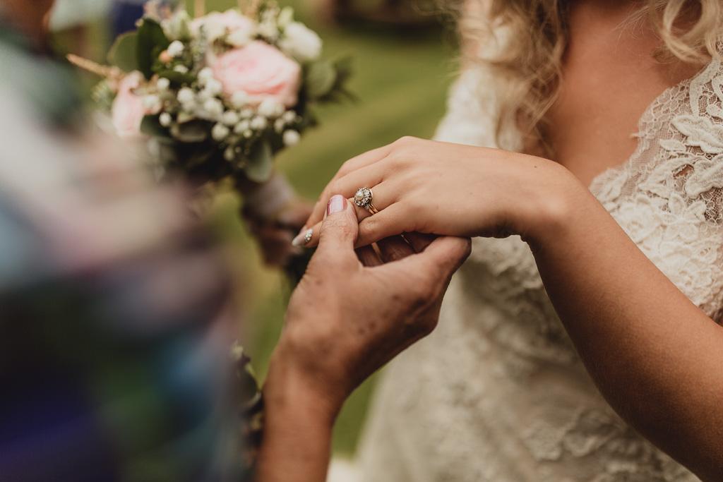 shabby chic wedding ideas-29.jpg