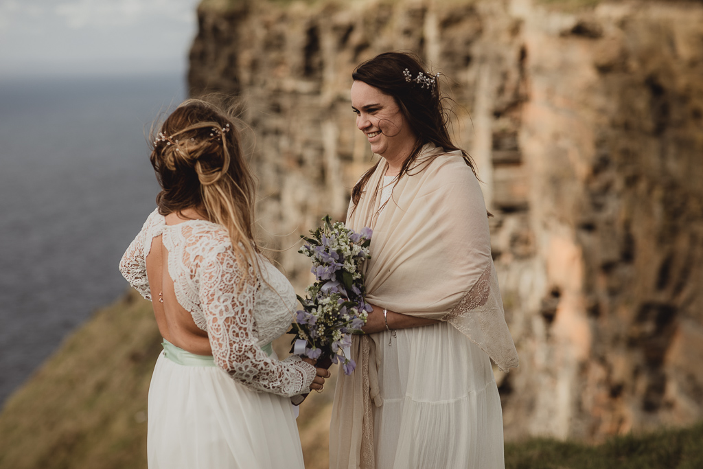 cliffs of moher wedding-4.jpg