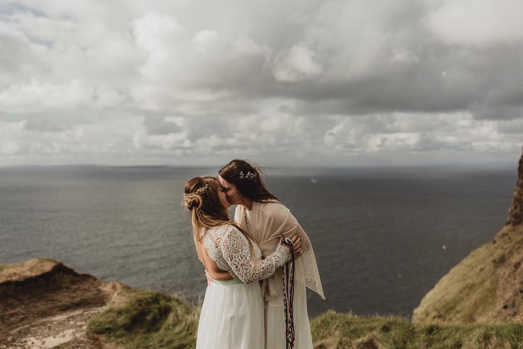 cliffs of moher wedding-17.jpg