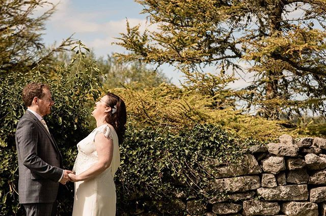 Catriona and Shane super happy and relaxed after their outdoor ceremony at @vaughanspubkilfenora . . . . . #vaughanspubkilfenora #vaughanspubwedding #kilfenora #irelandweddingphotographer #barnweddingireland #weddingphotographerireland #weddingphotographergalway  #galwayweddingphotographer #weddingphotographerdublin #dublinweddingphotographer #onefabday #weddingplannerireland  #irishweddingphotographer  #nontraditionalwedding #irishweddingplanner