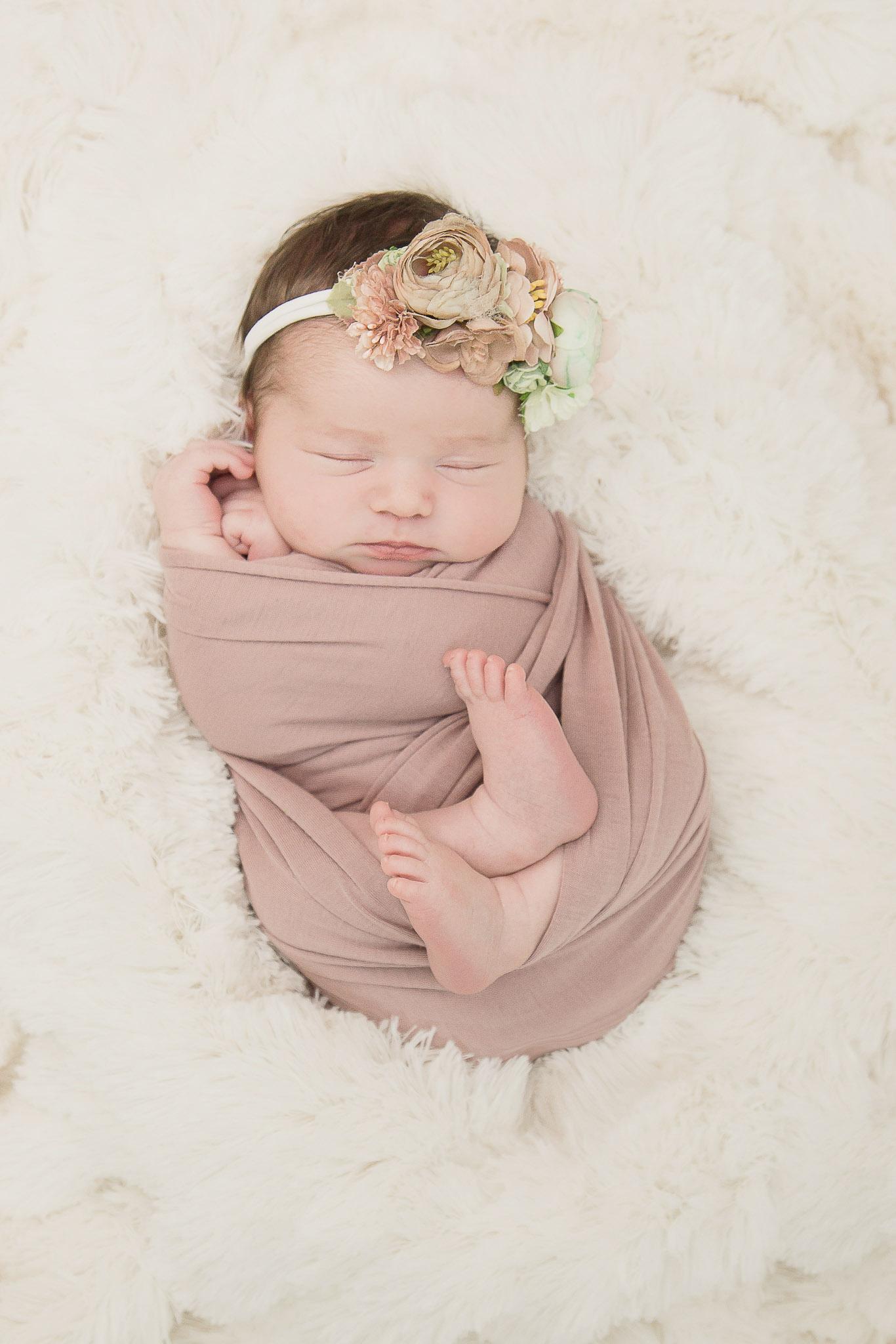 Modert Newborn - WEBSITE-3.jpg