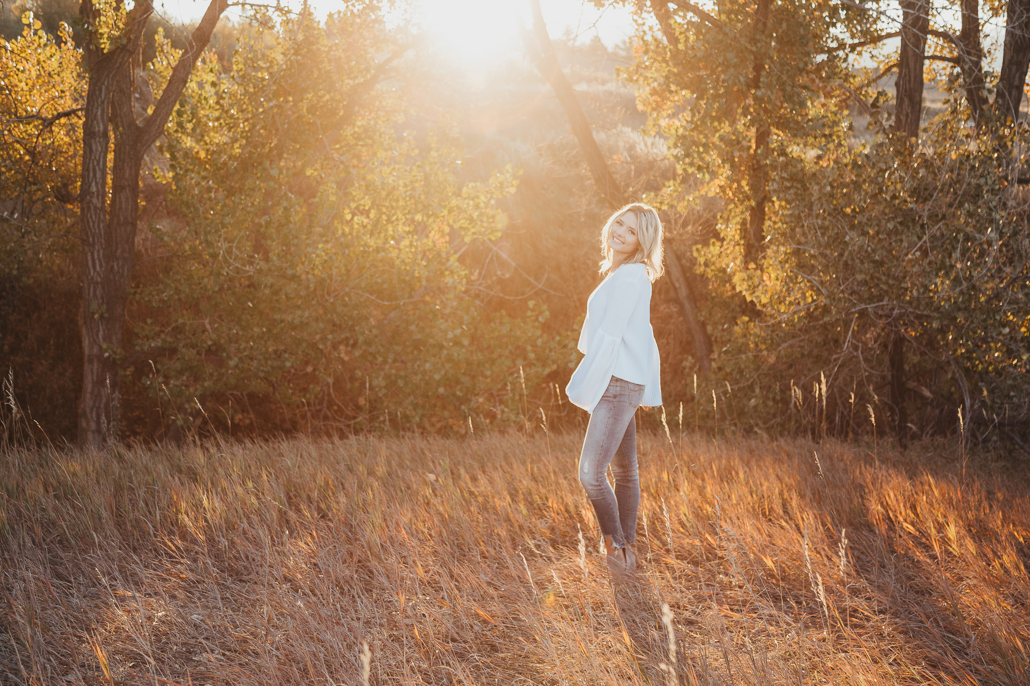 Highlands ranch, denver, senior photography, photographer, senior, fall outdoor golden light session, colorado beauty