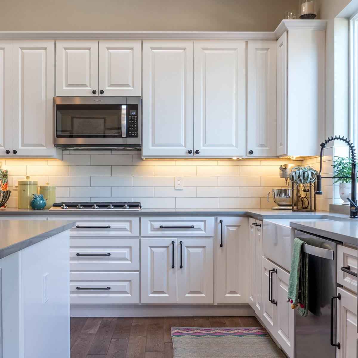 _1960407-HDR-Kitchen-Corner.jpg