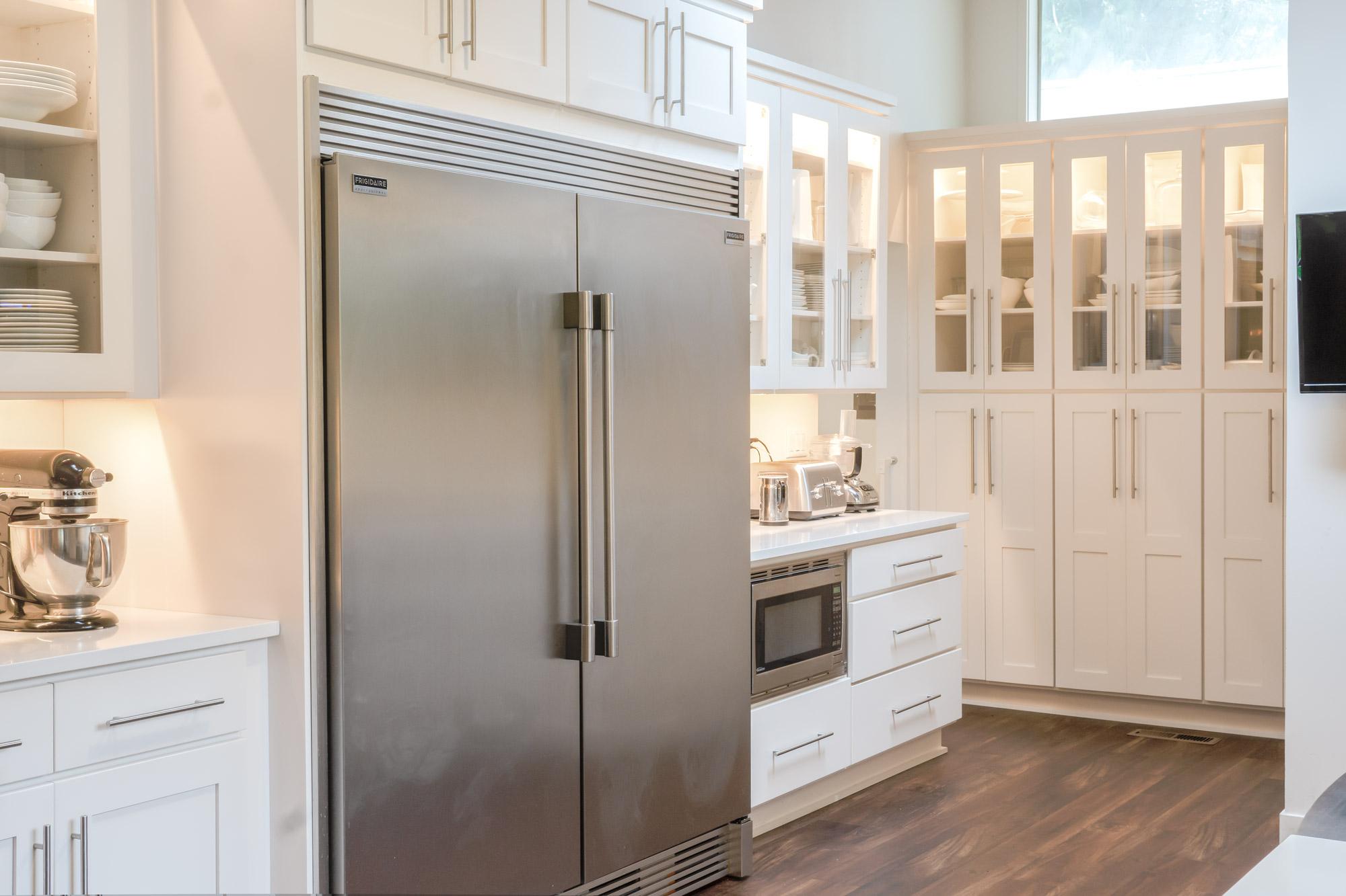 Phare-kitchen-fridge-overview-web.jpg