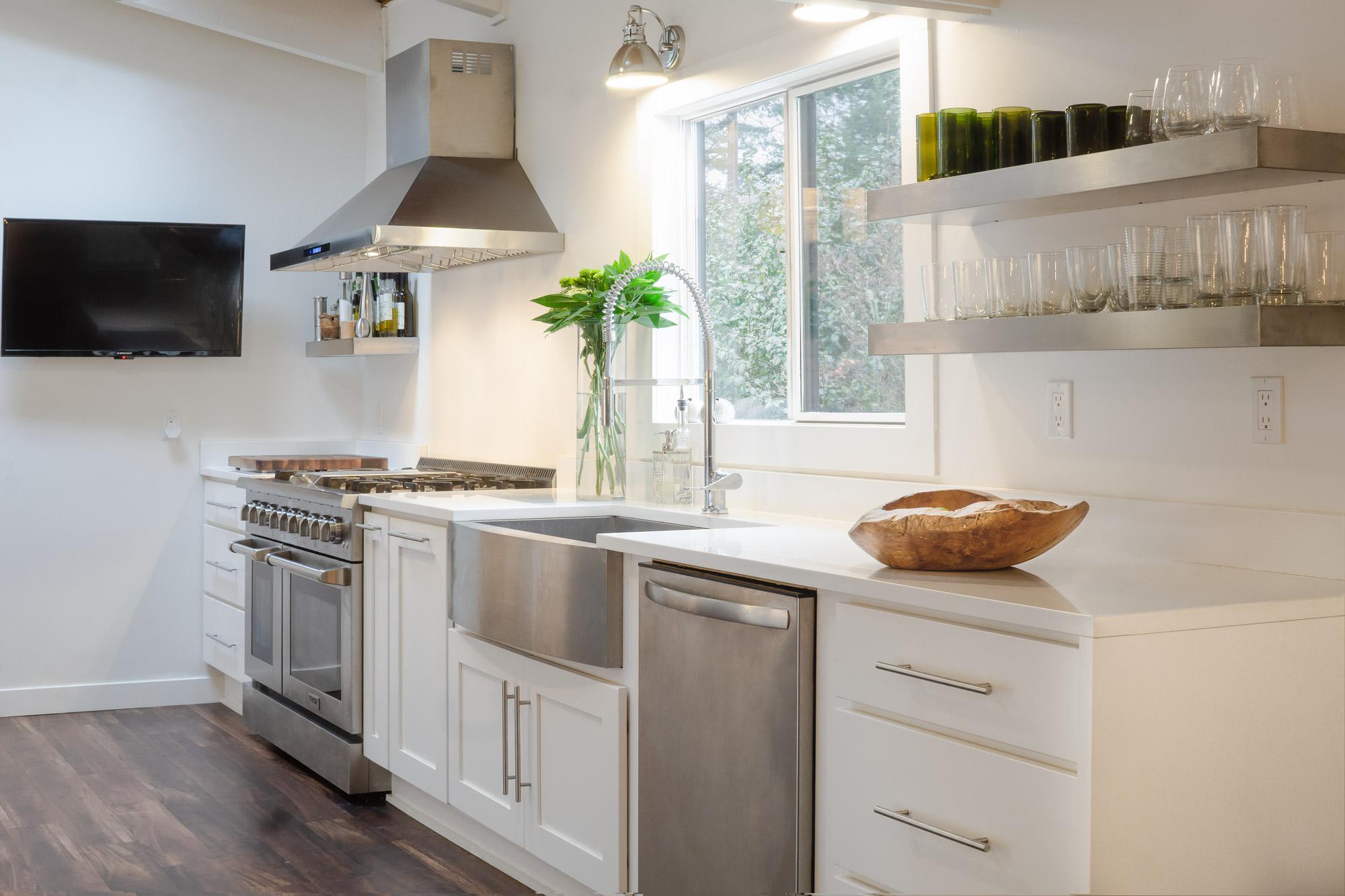 Phare-kitchen-sink-overview-web.jpg