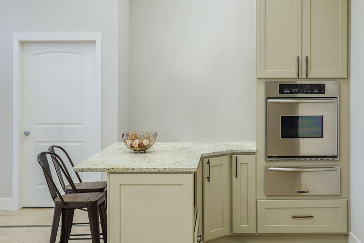 Tacoma Cabinet Countertop Showroom Mullen Street Founder S Choice Kitchen Cabinets Countertops