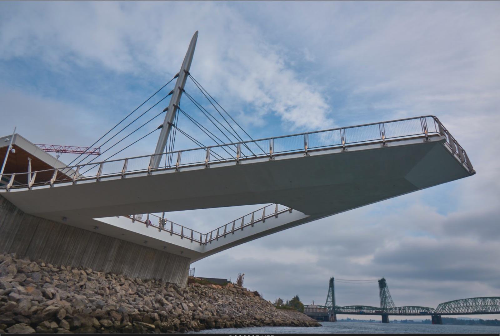 vancouver_waterfront park pier_larry kirkland_public art services_j grant projects_36.jpeg