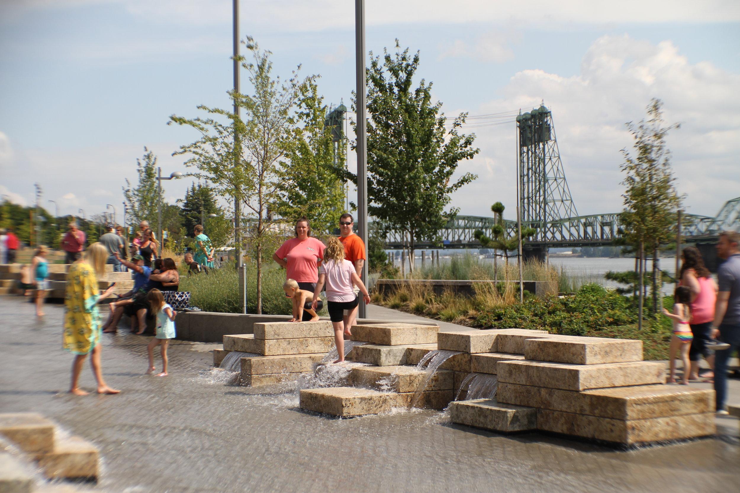 vancouver_waterfront park fountain_larry kirkland_public art services_j grant projects_27.JPG