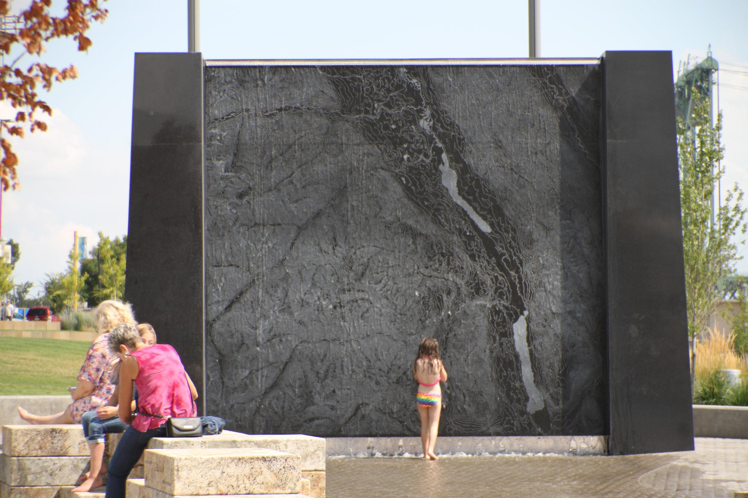 vancouver_waterfront park fountain_larry kirkland_public art services_j grant projects_28.JPG