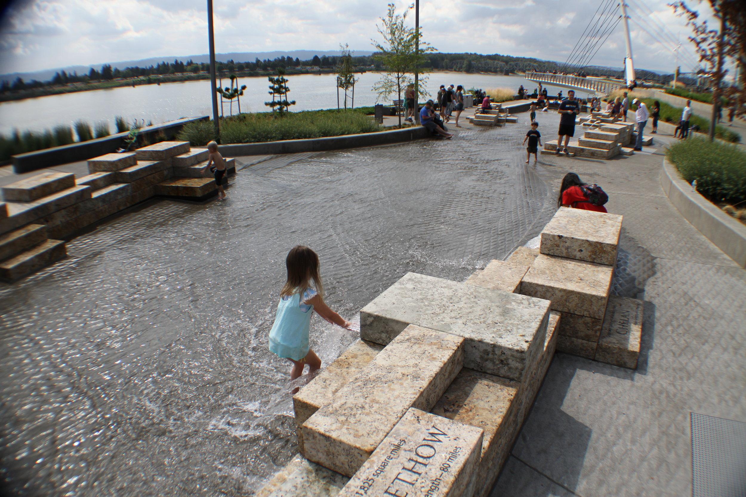 vancouver_waterfront park fountain_larry kirkland_public art services_j grant projects_31.JPG