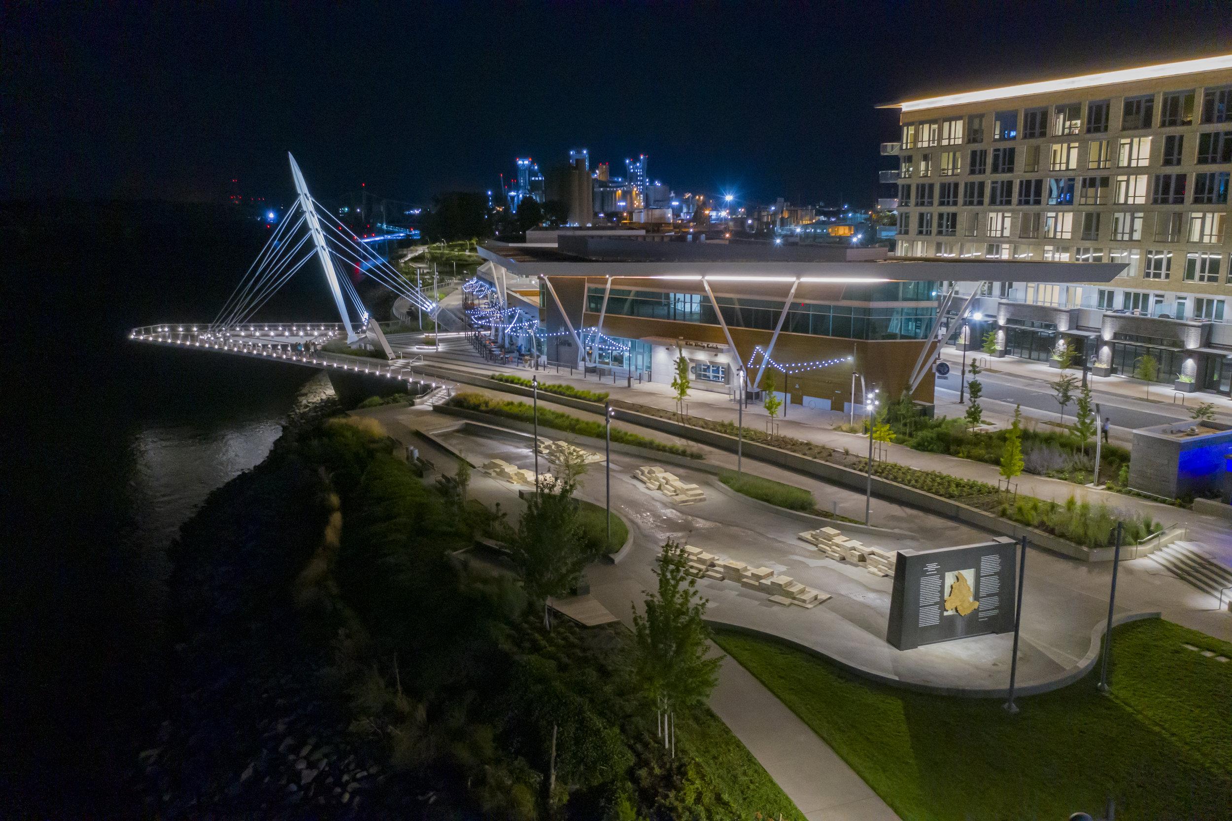 vancouver_waterfront park fountain_larry kirkland_public art services_j grant projects_33.jpg