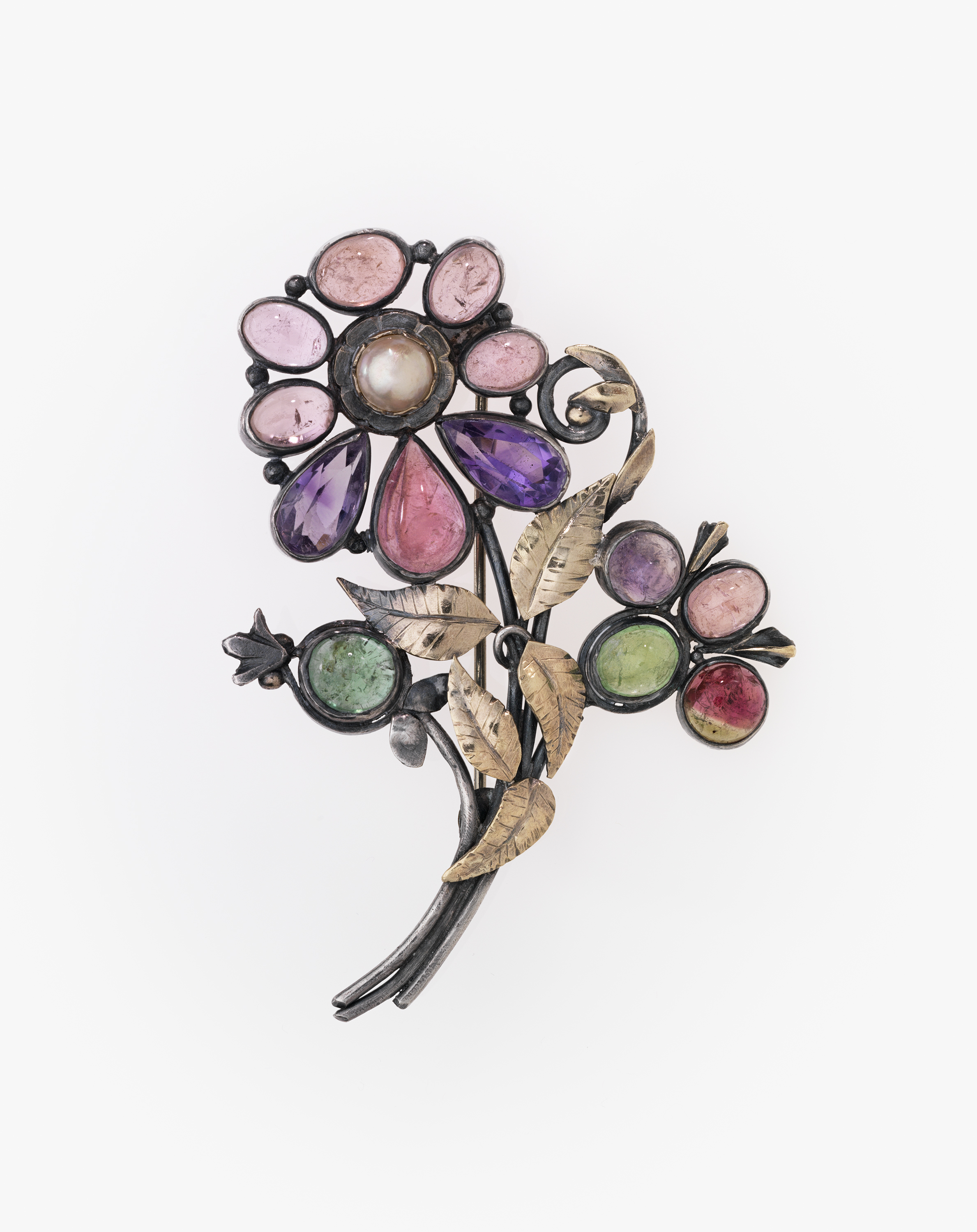 Brooch, Jessie Ames Dunbar, 1876‑1957 (American). On loan from the family of the artist. Courtesy, Museum of Fine Arts, Boston