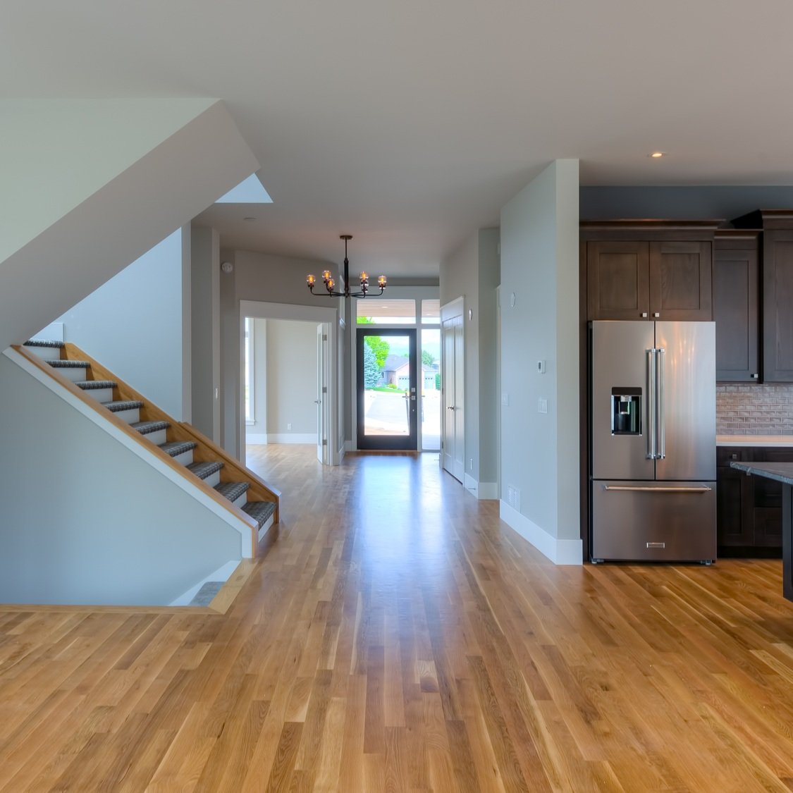 14-2324_Great_Room4_Kitchen3_and_Hallway_5TMDE_RVT2-NR_E_HiRes1MB_Web.jpg