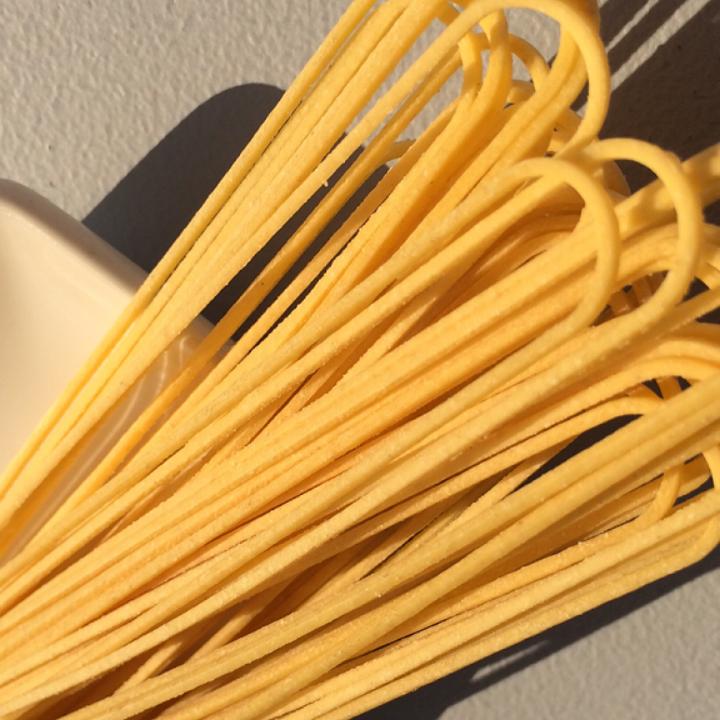 "Egg Spaghetti   17"" - 2mm-1.7mm /10 lb. Bulk Case"