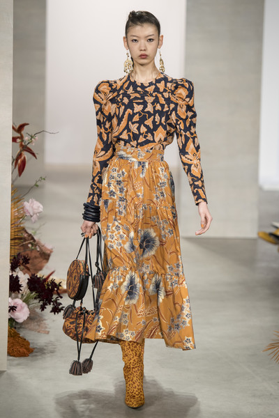 Ulla+Johnson+Fall+2019+E04sL7aLAhZl.jpg