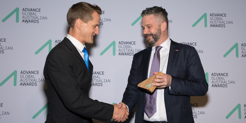 Dr Peter Liddicoat receiving his Award from Taimor Hazou, Leader, Public and Government Affairs, The Dow Chemical Company