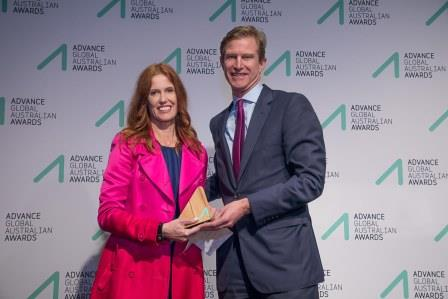 Dr Catriona Wallace (Technology Innovation) receiving her award from Skander Malcolm,CEO, OFX