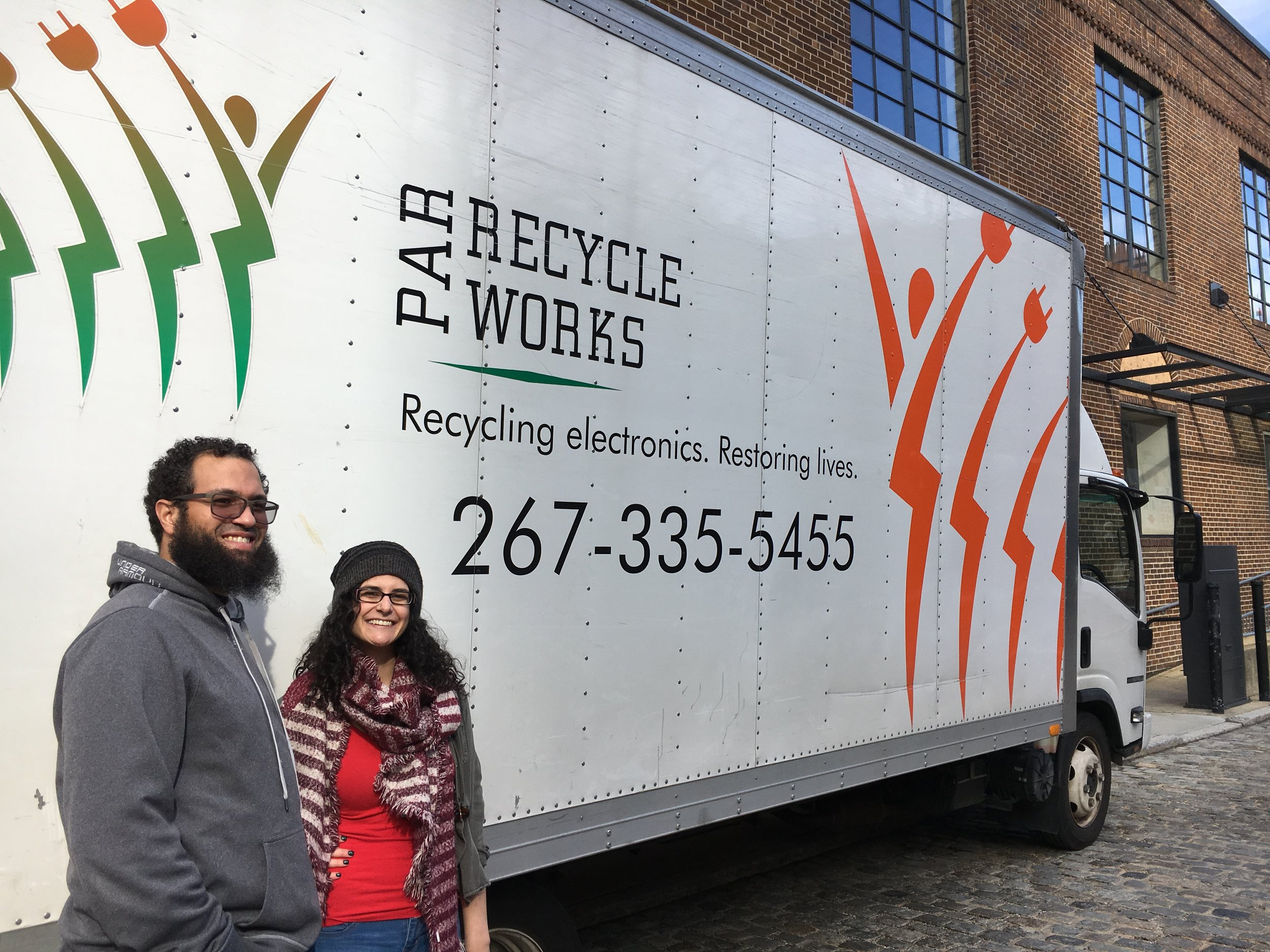 Philadelphia Green Theatre Alliance volunteers at our E-Waste Drive. - Philly Theatre Week 2018