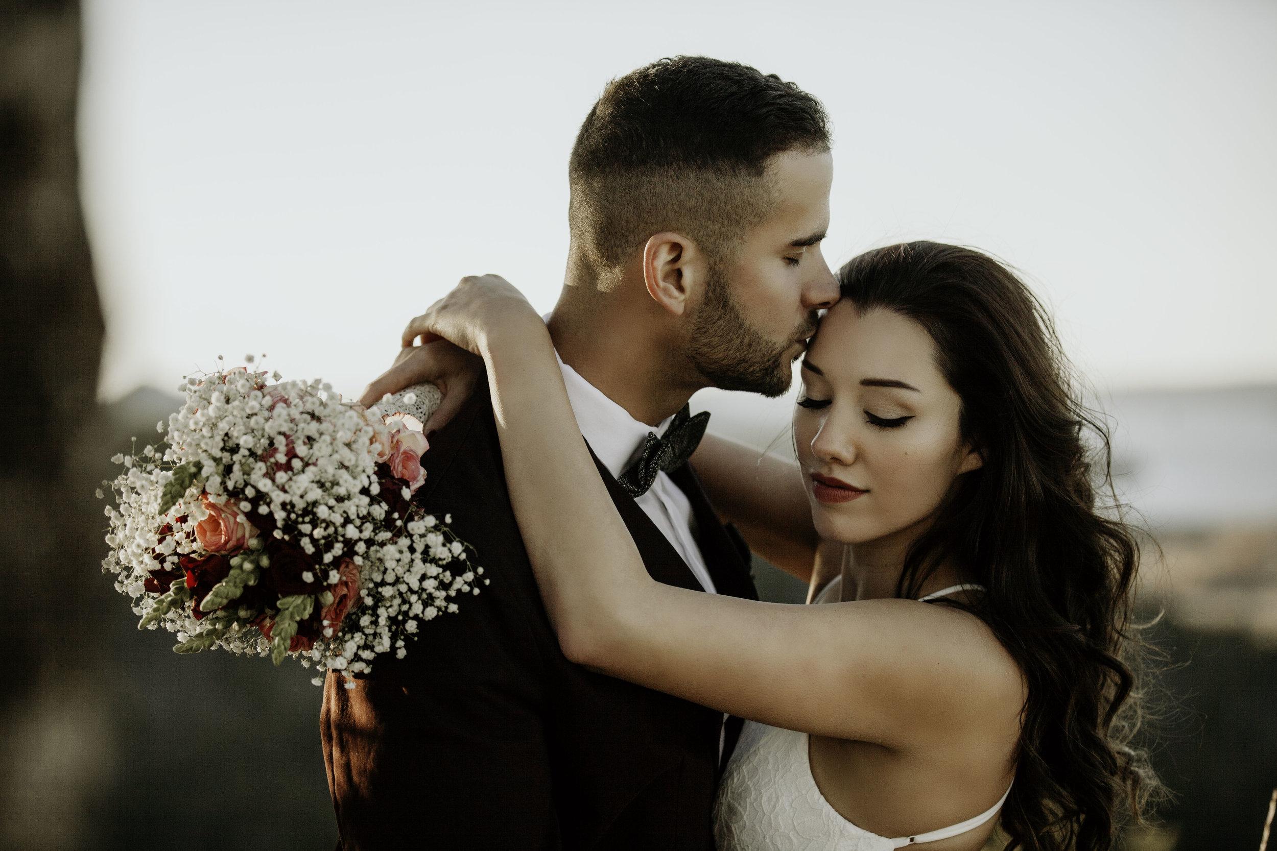 dessert-conway-central-arkansas-bridal-photographer-little-rock-photography-outdoor-wedding-boho-fashion-engagement-elopement-bouquet-bride-soiree-magazine-photoshoot-arkansasbride-pinnacle-mountain