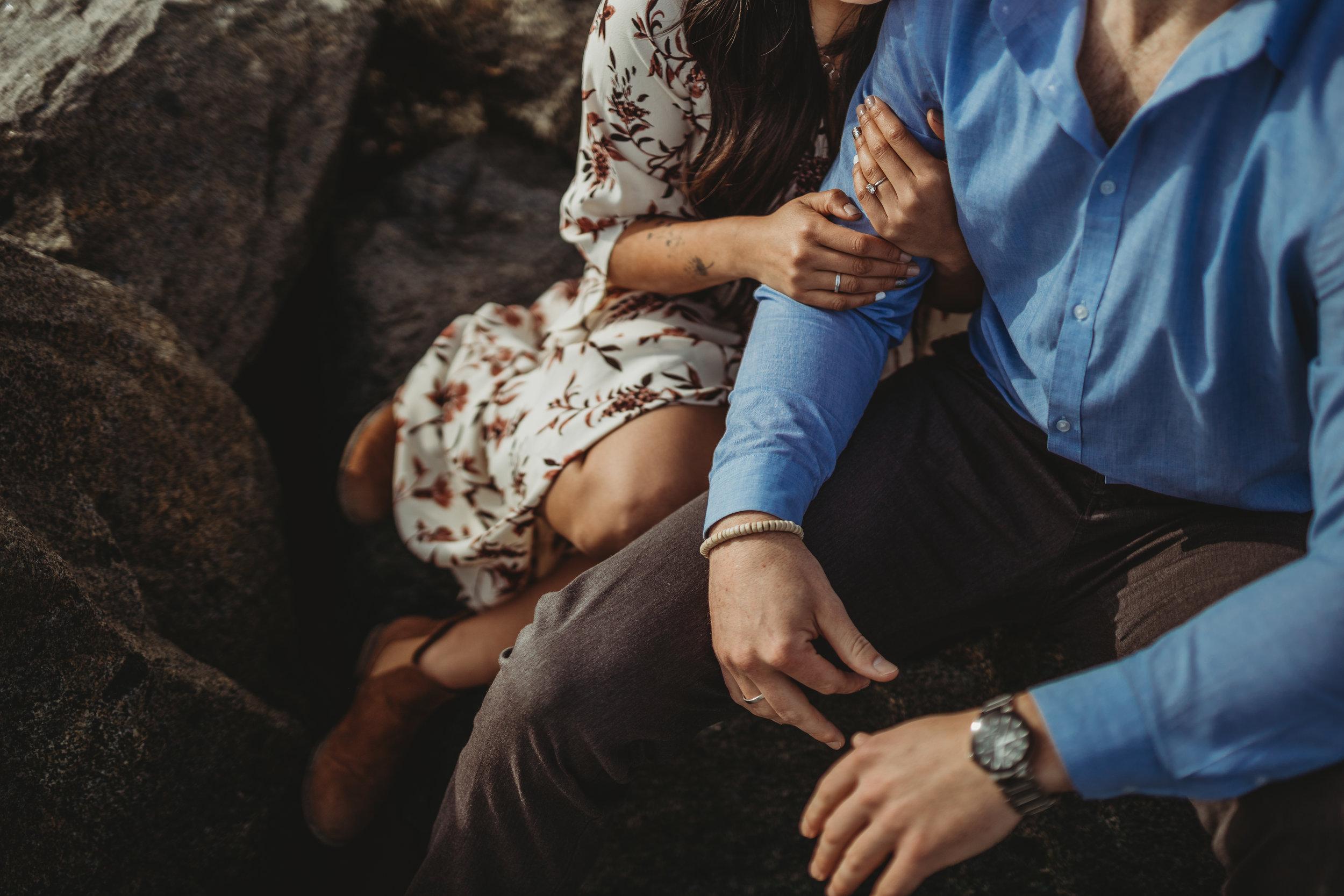 beach-couples-engagement-photoshoot-7338.jpg