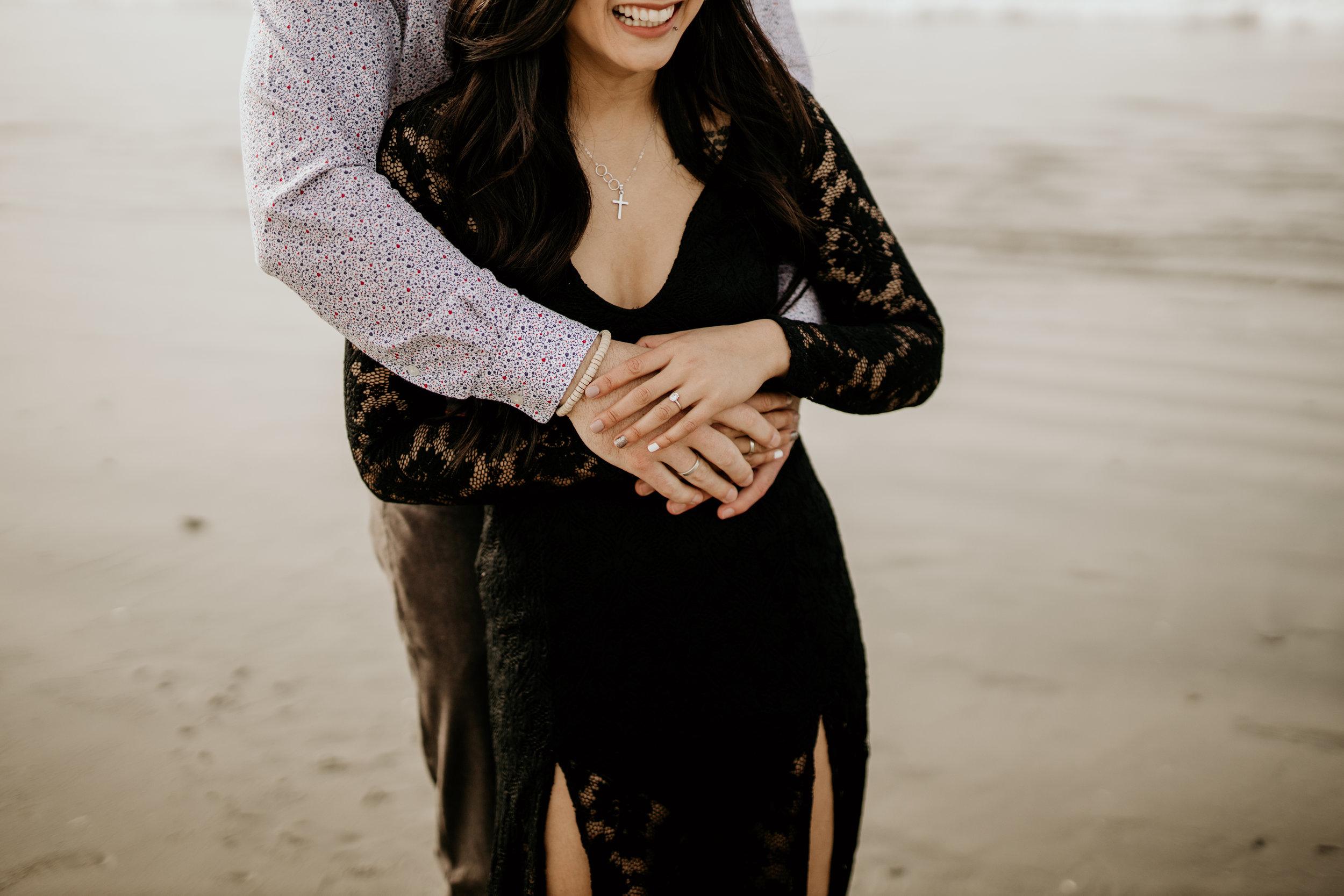 beach-couples-engagement-photoshoot-7430.jpg