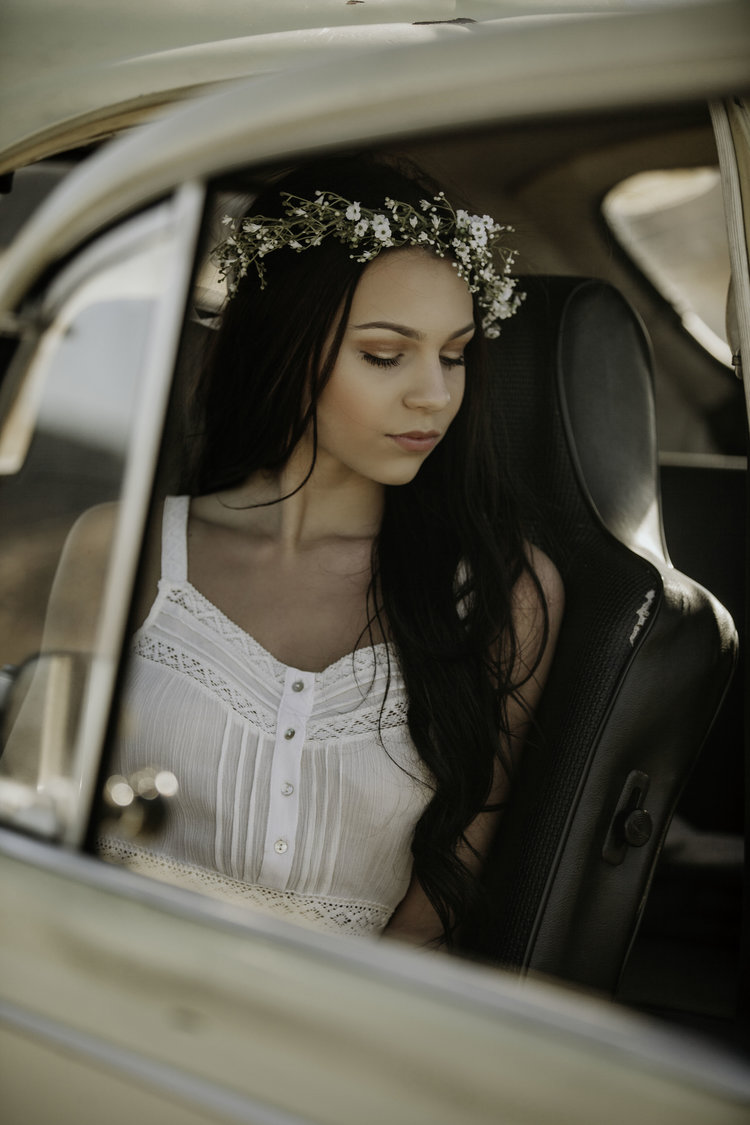 dessert-conway-central-arkansas-bridal-photographer-little-rock-photography-outdoor-wedding-boho-fashion-engagement-elopement-bouquet-bride-soiree-magazine-photoshoot-arkansasbride-pinnacle-mountain-car-vintage (4).jpeg