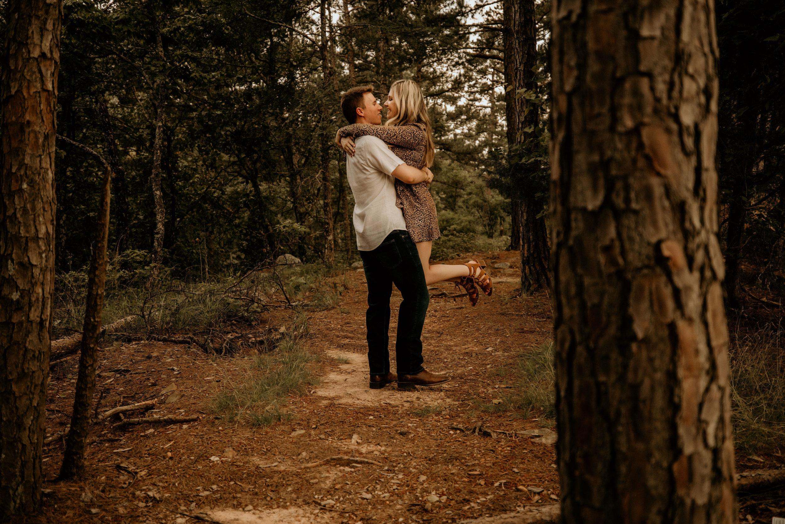 pinnacle-mountain-wedding-elopement-little-rock-arkansas-photographer-erin-venable-photography-bride-engagement-6940.jpg