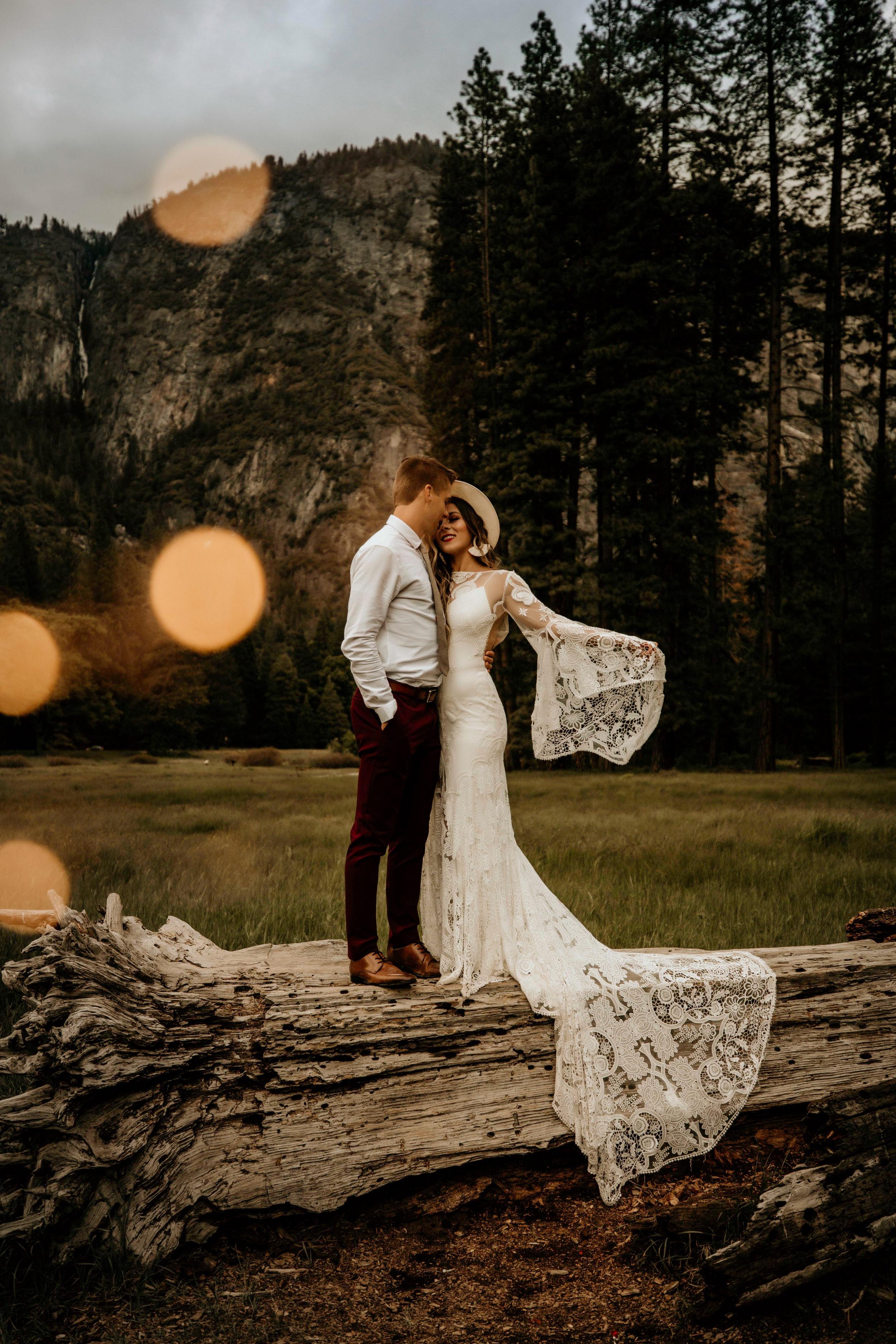 yosimite-national-park-elopement-wedding-boho-bride--3.jpg