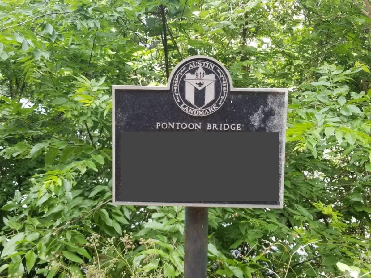 Pontoon Bridge (1).jpg