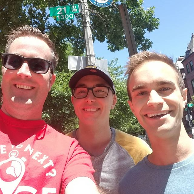 A team for our June DC race spotted us on N Street NW!! They cashed in on the $100 offer to any teams that find us out and about during the week leading up to the race! Congratulations to John and Jared!! . . #w2nr #w2nrdc #travel #amazingrace #race #dcevents #washingtondc #wheretonextrace #wheretonext #found #didnotthinkanyonewouldfindme #100dollars #blessed