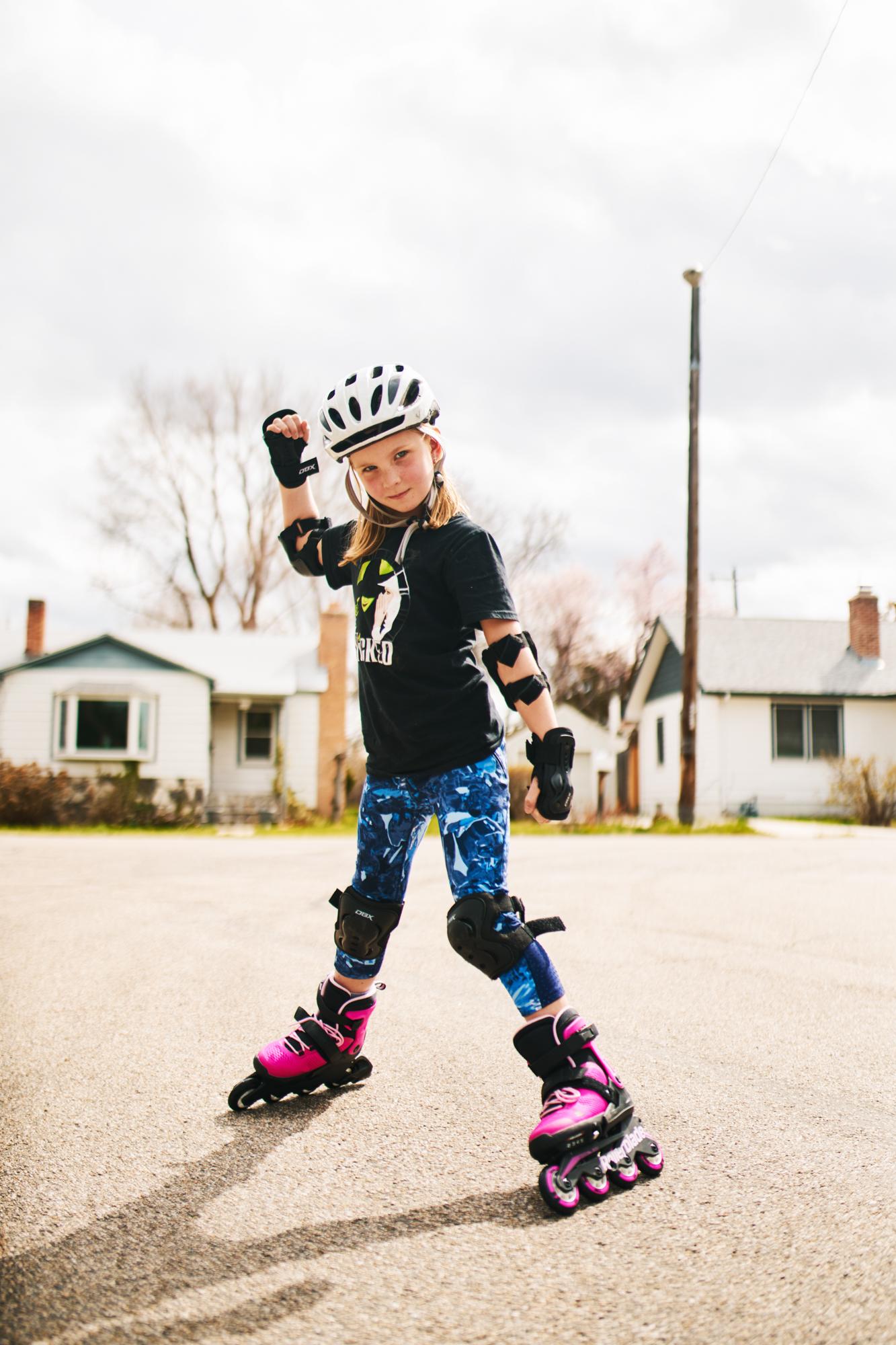 2019-4-6 Zoe Rollerblading-017 copy.jpg