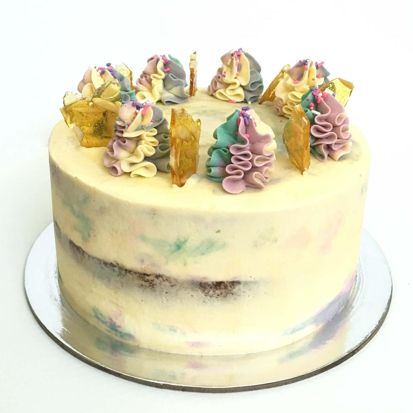 The_Little_Cake_Maker_Perth_Baker_CustomCakes_DayCakes_Slices_Tarts_Cupcakes_Day_Cakes_2.jpg